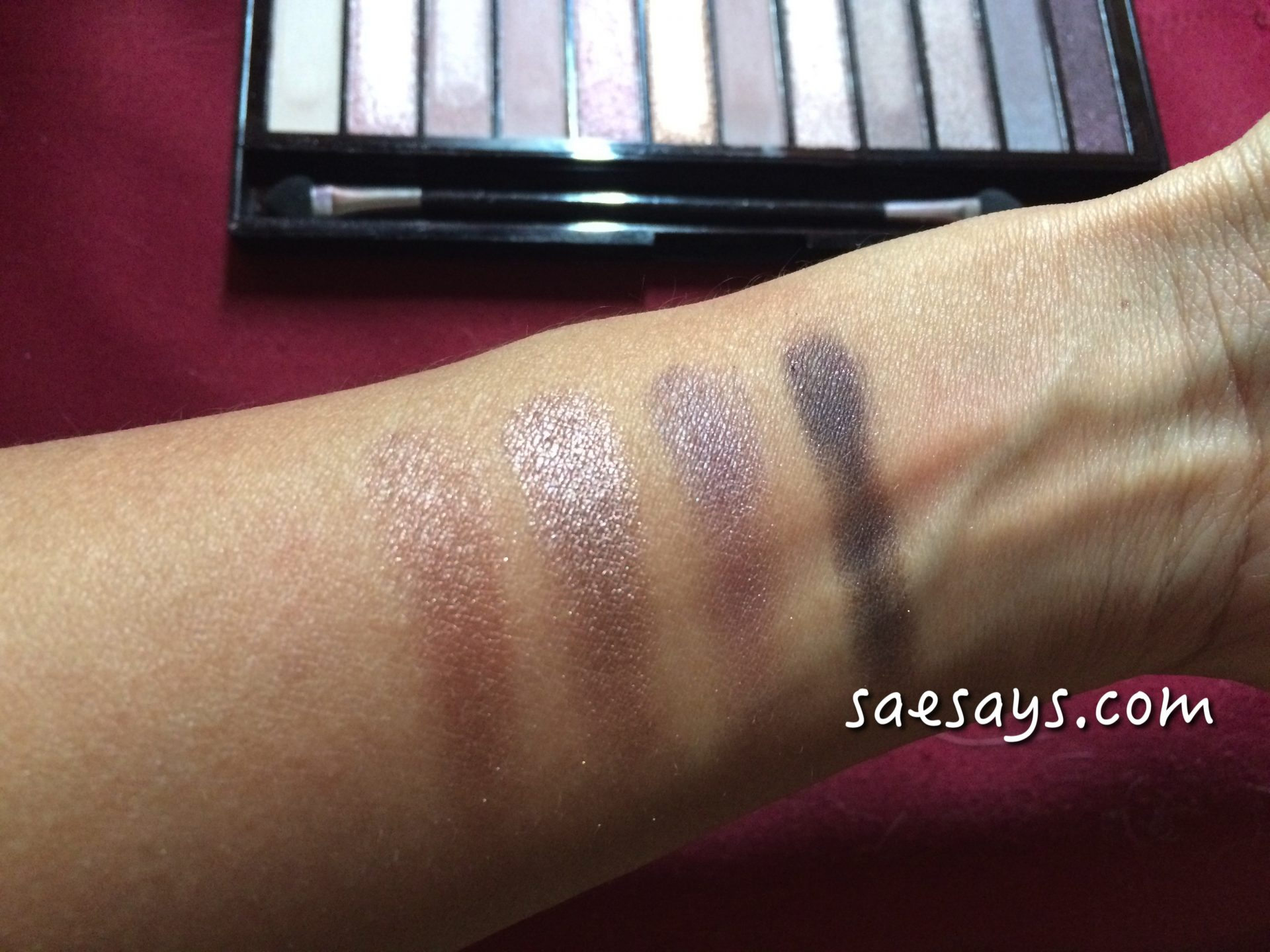 Products Review: Makeup Revolution Redemption Palette Iconic 3
